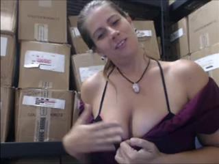 "Hot Milf At Work Huge Ass"" class=""th-mov"