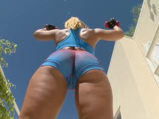 "amazing fitness blonde and bbc"" class=""th-mov"