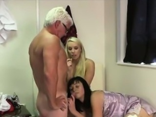 Cumshot for young British CFNM babes from older guy