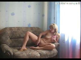 Katja 29 years my couch masturbation