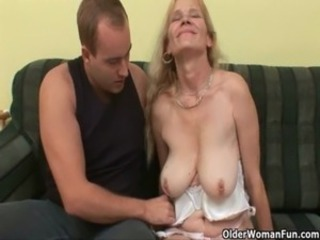 Using a mature mom to empty your balls free