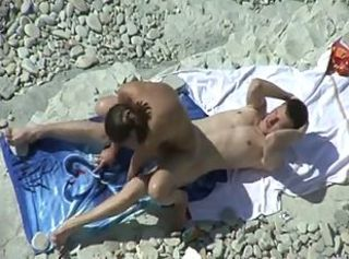 Pareja playa 15 _: beach public nudity voyeur