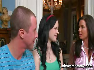 Sexy Teen Jenna Has A Stepmom Who Fucks Her Boyfriend