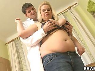 Young doctor bangs a chubby patient _: big unsophisticated tits