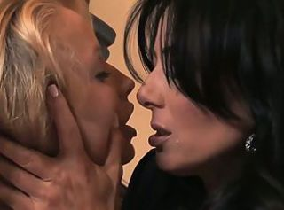 No Title Available _: cunnilingus fingering lesbians old+young