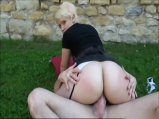 BLONDE BIG BOOTY AMATEUR BANGED OUTSIDE free
