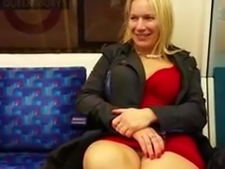 London amateur girl flashing on the tube
