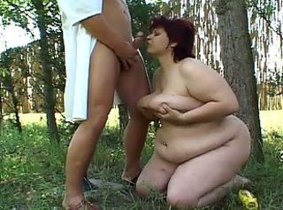 Blowjob  Mom Old and Young Outdoor