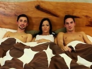 Bi triplet drag inflate fuck and cum