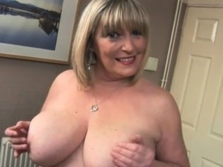 Big Tits Chubby Mature Mom Natural Pov