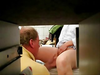 Super hidden cam of my mom and daddy having fun