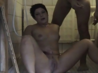 Amateurs fuckin in bathroom