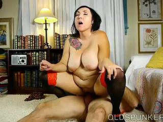 """Beautiful busty mature brunette loves a sticky facial"""" class=""""th-mov"""
