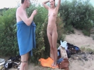Swingers risk jail to fuck in public