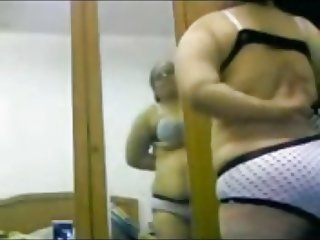Egyptian Mom Change Her Clothes In Webcam