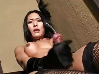 SHEMALE REAL ORGASM 12