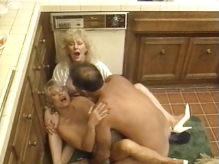 Kitchen Mom Threesome Vintage