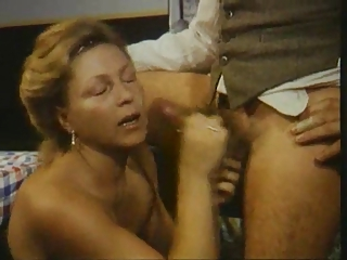Cumshot Facial Mature Vintage Wife
