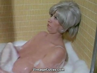Bathroom Mature Pornstar  Vintage