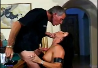 classic hawt dark brown cougar smoking sex