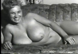 Amateur Big Tits Erotic  Mom Natural Vintage
