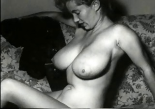 Amateur Big Tits Erotic Homemade  Natural Solo Vintage Wife