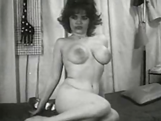 Amateur Big Tits Erotic Homemade  Solo Vintage