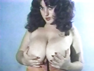 Big Tits Chubby Cute  Natural Vintage