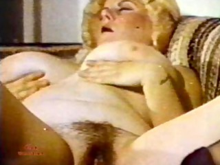 Big Tits Chubby Erotic Hairy Natural Solo Vintage