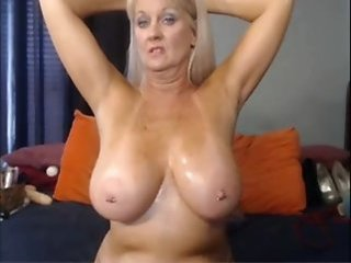 Big Tits Mature Mom  Webcam