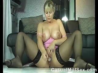 Big Tits Masturbating Mature Mom Natural Solo Stockings Toy Webcam