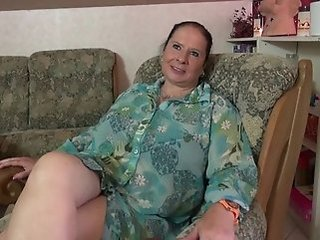 Amateur Big Tits Chubby Masturbating Mature Mom  Solo