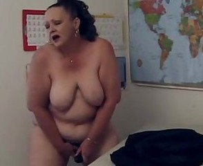 British crinkly BBW teacher playing unexcelled