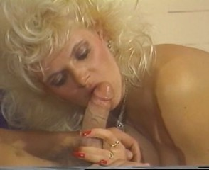 Mature lady sucks on a big white cock allied to a pro unreliably fucks
