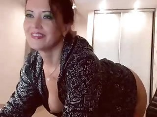 mature   milf   webcam