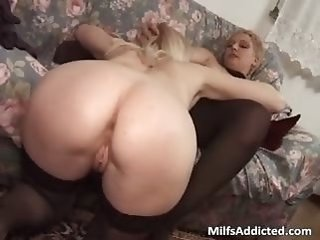 anal   blonde   dildo   tongue-lashing   mature   milf   nylon   threesome   toys