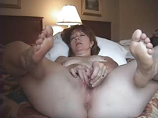 Amateur  Homemade Masturbating Mature Wife