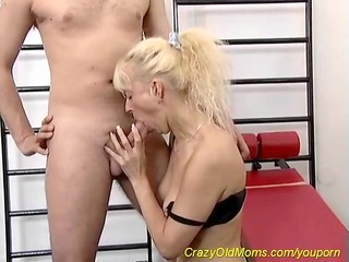 Blonde Blowjob Mature Mom Old and Young Sport