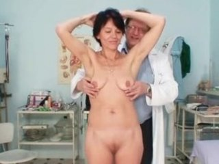 lean lady weird kitty fingering by gyno doctor