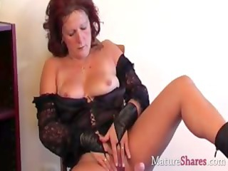 dirty older  lady dana inside solo