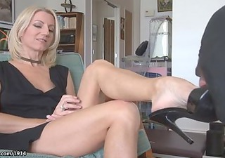Amazing Feet Fetish Legs