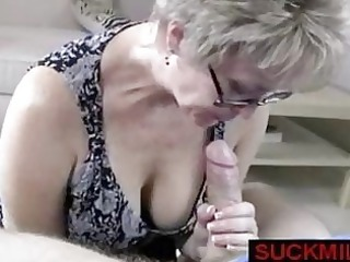 milf gets over a handjob
