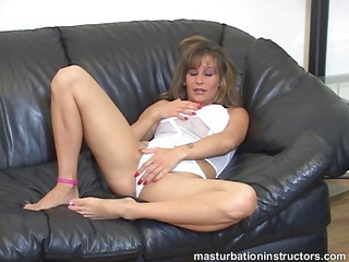 jerk off teacher spreads her legs and starts playing fuckers to jerk off