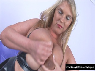 large bossom carol black latex pleasure