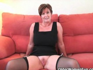 Mature Pussy Shaved Stockings