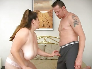 Big Tits Chubby Mature Mom Natural Old and Young