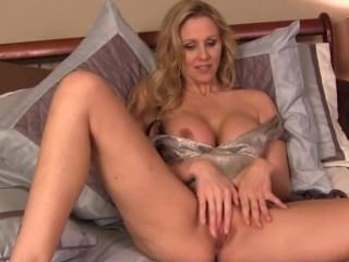 Amazing Big Tits Masturbating  Mom Pornstar