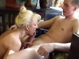 Amateur Blowjob Homemade Mature Mom Old and Young Russian