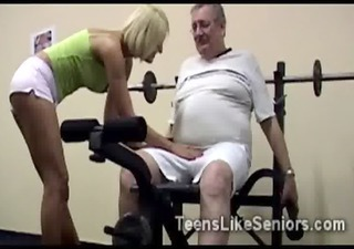 sporty college blondie sucks wicked old crumb at be passed on gym10-highcomplete-11-3