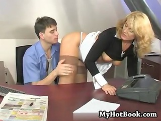 mommy seduced her boss in hos own agency